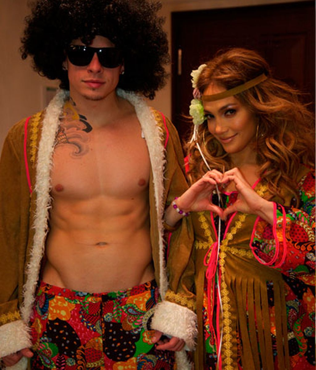 Jennifer Lopez y Casper Smart, de hippies