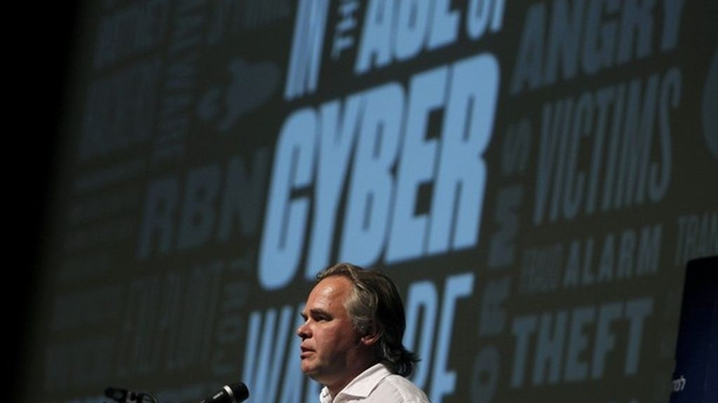 Eugene Kaspersky, CEO de Kaspersky Labs, en una charla en la Universidad de Tel Aviv en una conferencia sobre ciberseguridad el pasado 6 de junio. Su laboratorio descubrió el virus Flame, que ha atacado equipos informáticos en Irán.