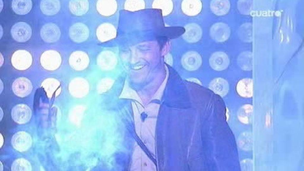 El látigo de Indiana Jones entusiasmó a las chicas