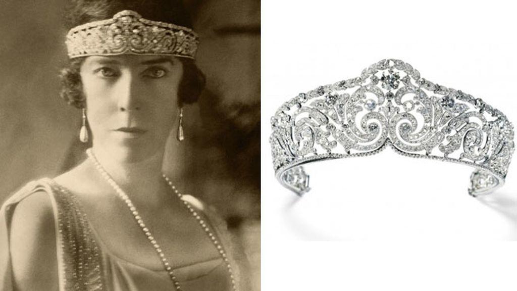 Diadema de platino Rinceaux de la sobrina de Sissi Emperatriz