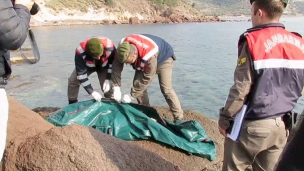 Mueren 39 personas en un naufragio