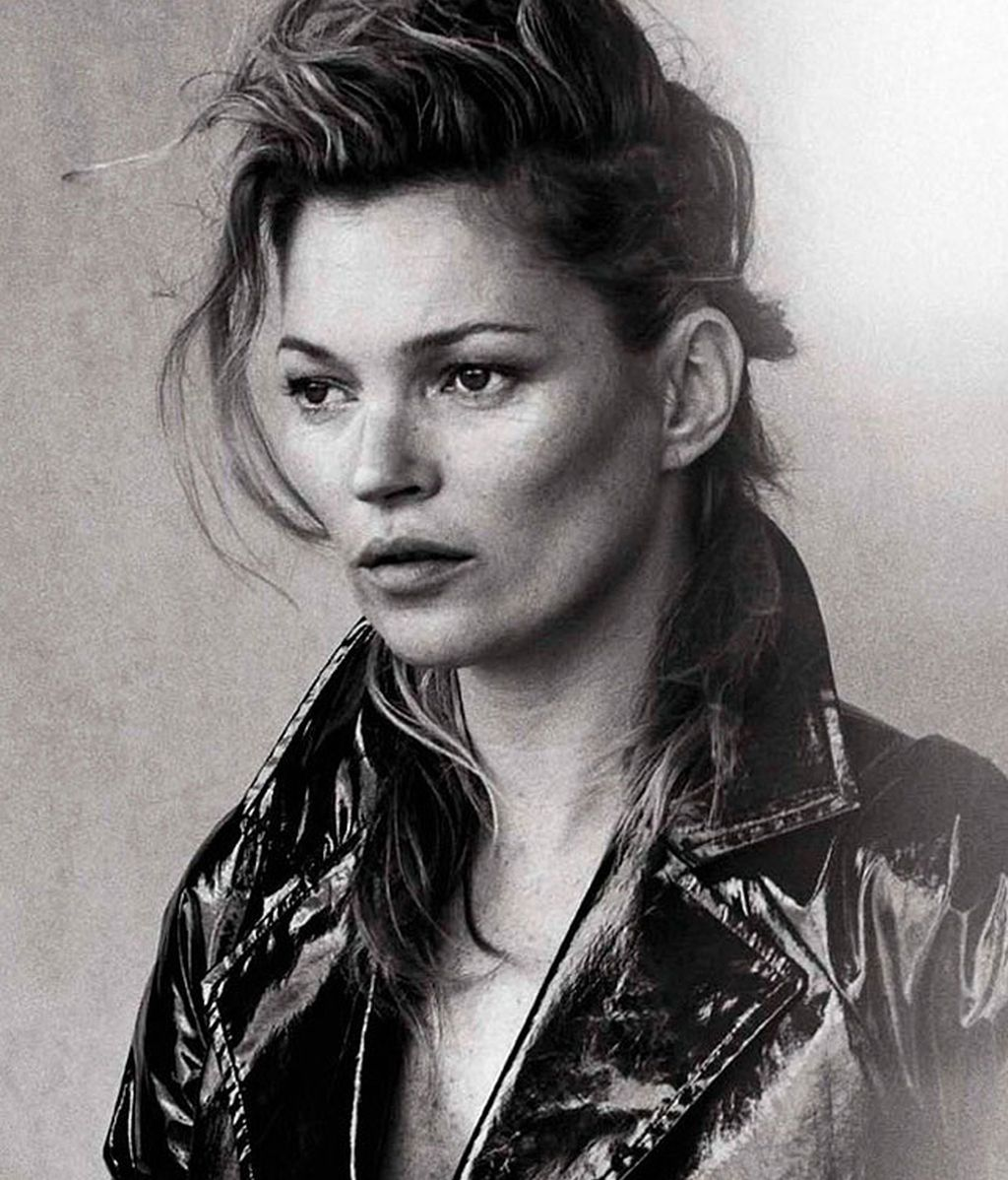 Kate Moss se suma a la moda sin retoques