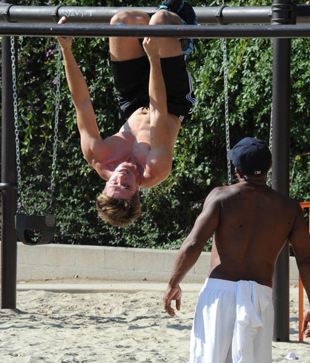 El hijo de Arnold Schwarzenegger quiere ser tan fuerte como su padre