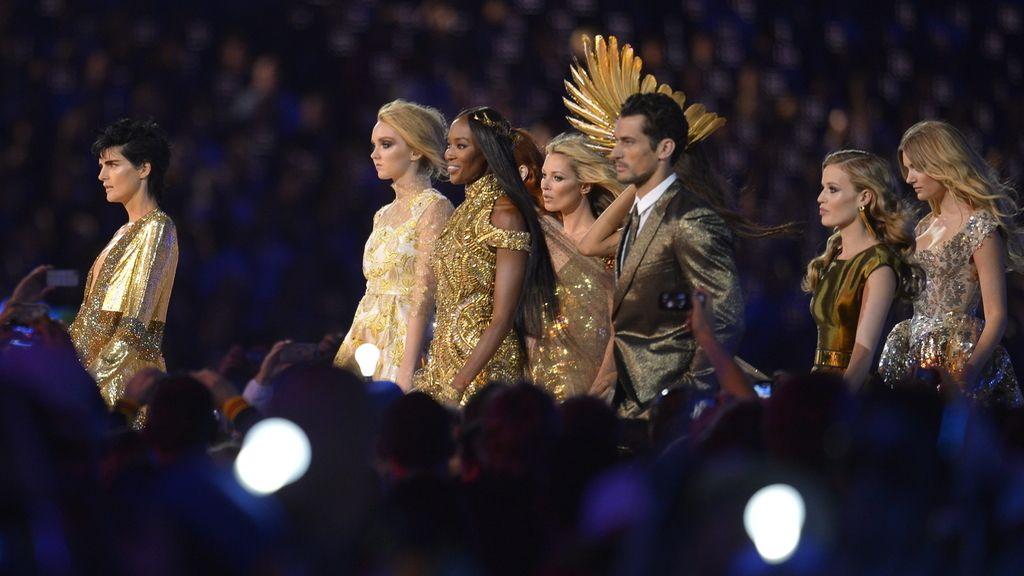Nueve supermodelos, entre ellas Naomi Campbell y Kate Moss