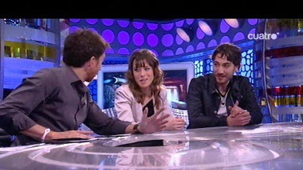 Albeto Amman y Marta Etura se parten con los vídeos de perros que les presenta Pablo Motos