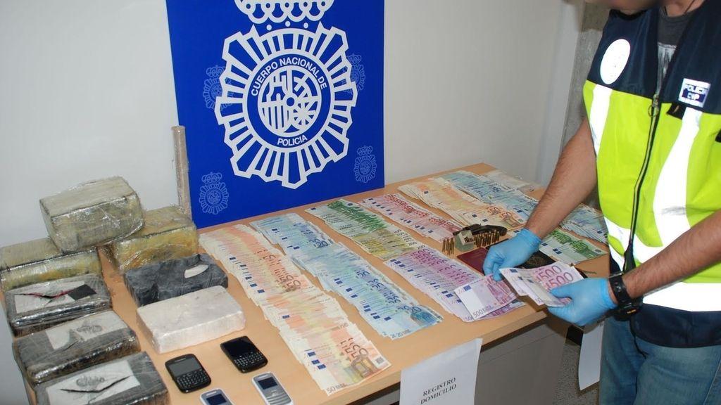 Detenidas 4 personas e incautados 12 kilos de cocaína en Barcelona