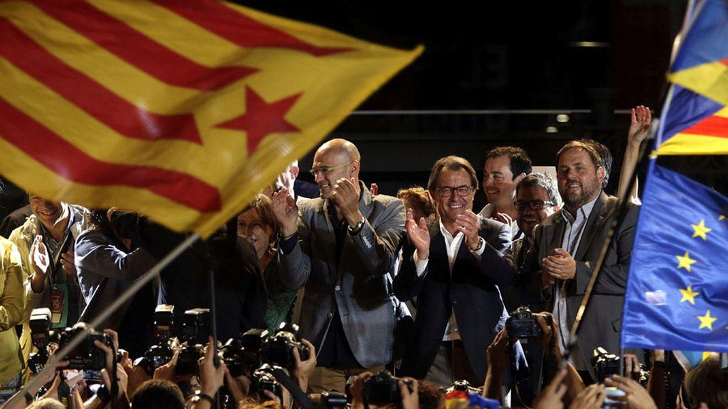 Junts pel Sí celebra la victoria en las elecciones del 27S