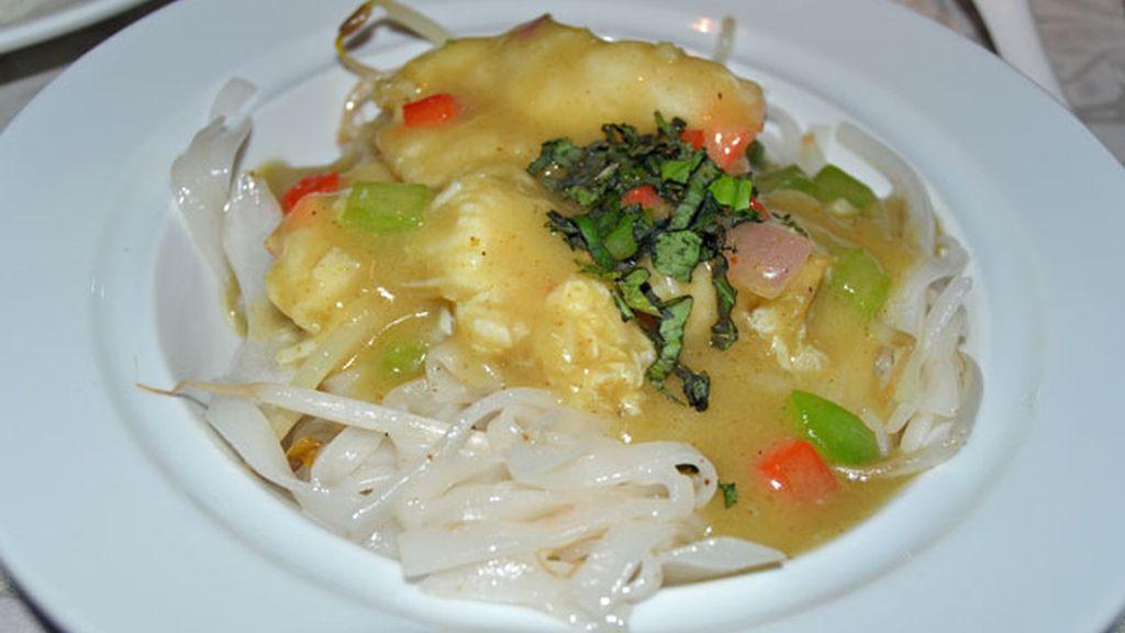 Plato 3: Tallarines de arroz con cangrejo
