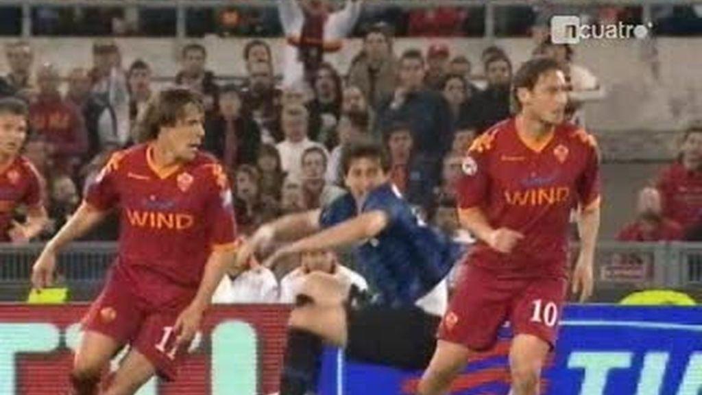 Mourinho victorioso, Totti desquiciado