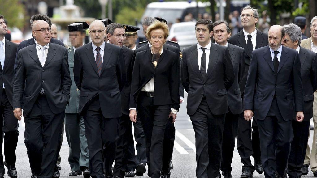 Numerosas personalidades acuden al funeral