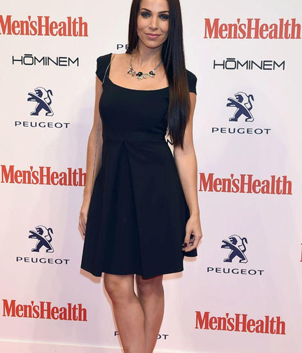 Nerea Garmendia lució un mini vestido negro