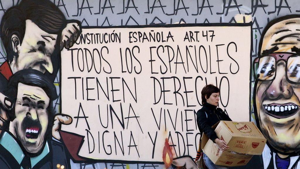 Comienzan a desalojar las viviendas ocupadas de la Corrala Utopía de Sevilla