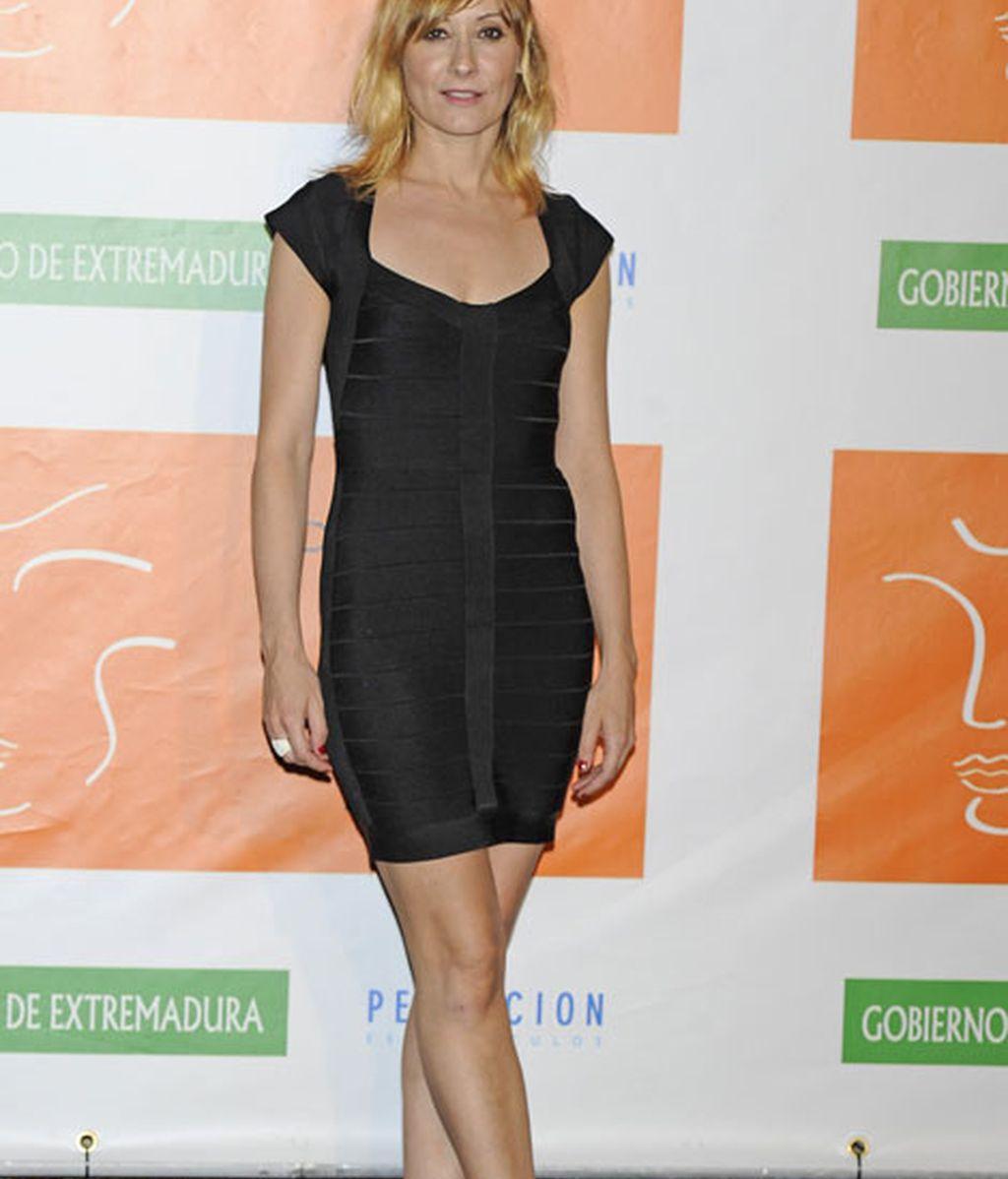 Nathalie Porta fue de las pocas actrices que llevó vestido corto
