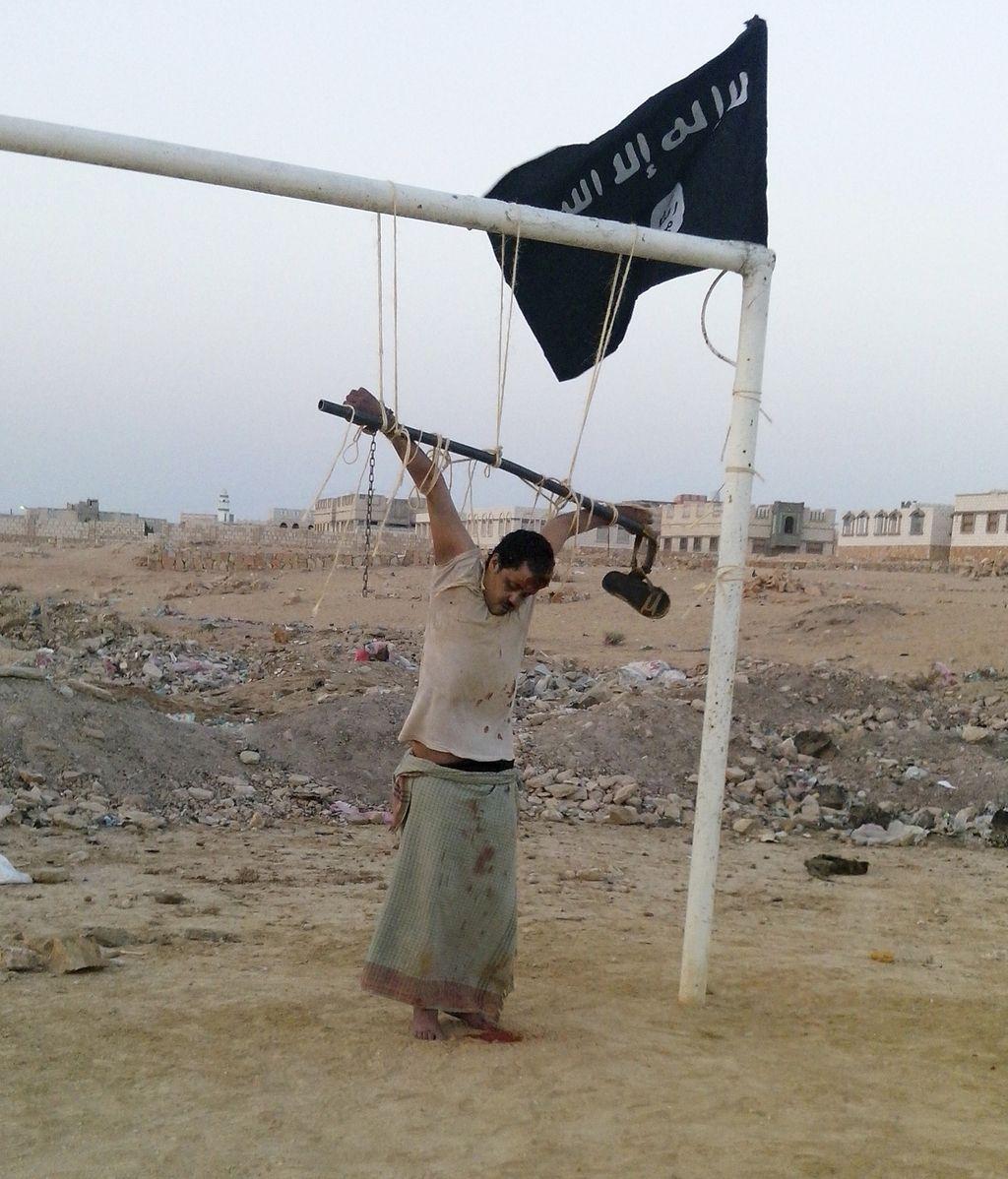 Al Qaeda crucifica a un hombre acusado de ser un espía de EEUU
