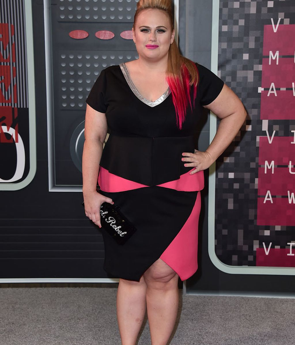 Rebel Wilson de Eloquii en los MTV