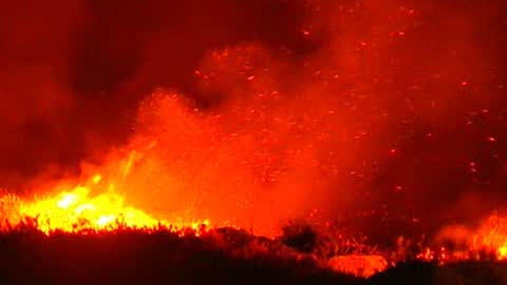 Fallecen dos bomberos en un incendio en Pontevedra