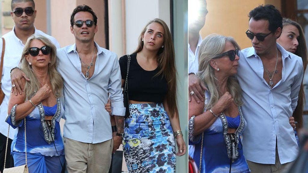 Marc Anthony y su chica disfrutan de las aguas de la Costa Azul