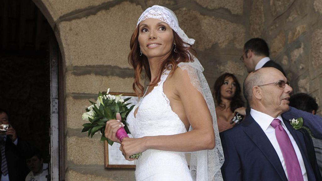 Lorena, una novia ibicenca en la sierra de Madrid