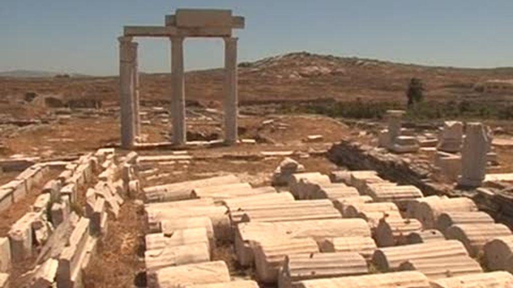 Mykonos y Santorini: La isla del dios Apolo