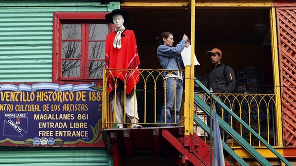 Las casas de alegres colores son un distintivo de las barriadas de Buenos Aires