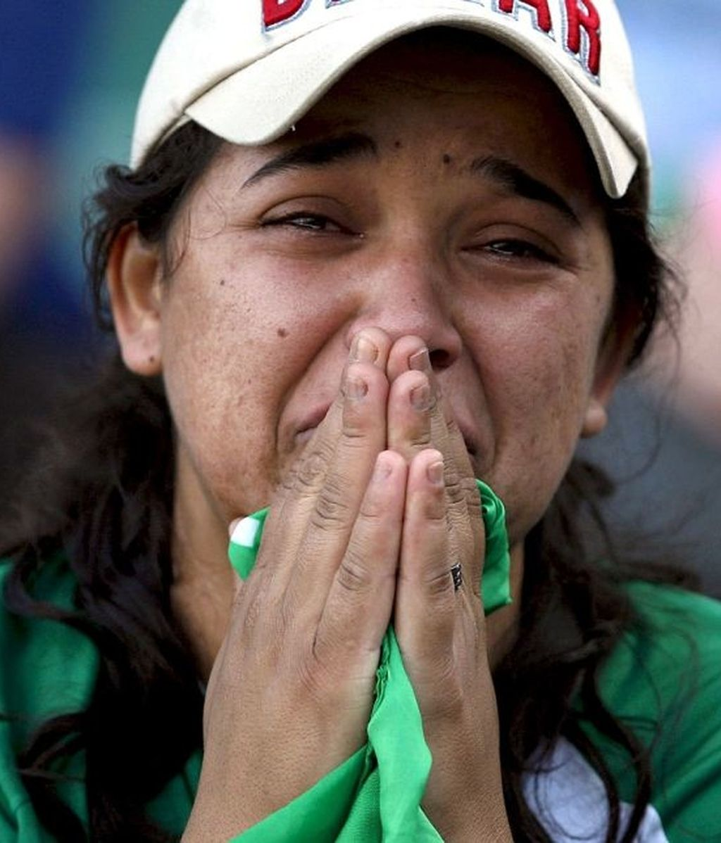 Sonrisas y lágrimas en el último partido