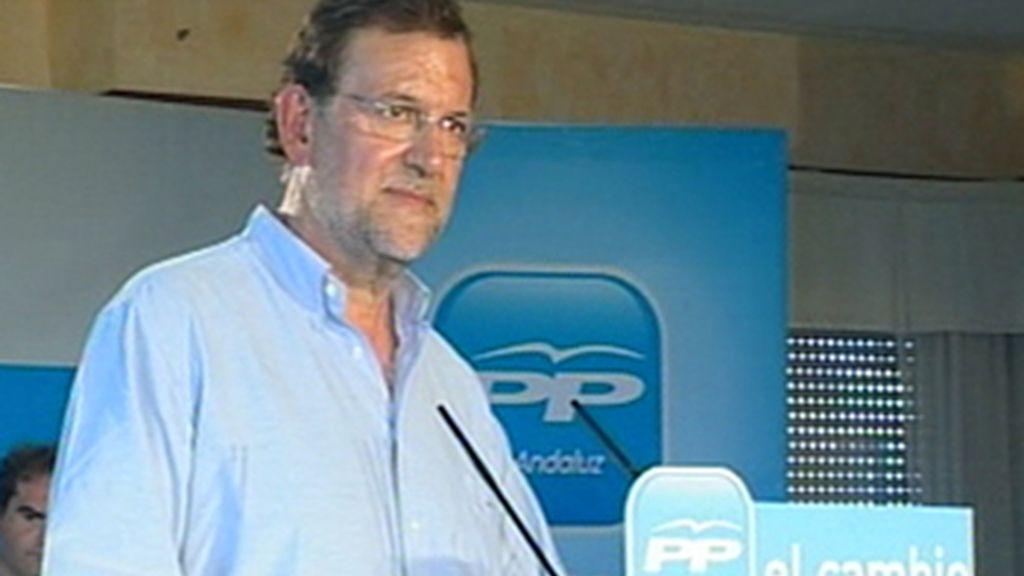 Rajoy exige a Zapatero que explique la misión de España en afganistá