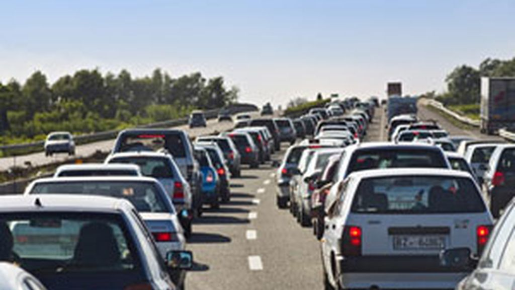 Tranquilidad en las carreteras durante las primeras horas de la operación salida