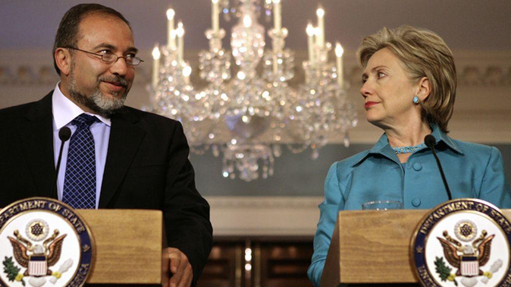 Lieberman y Clinton en su primera reunión en Washington