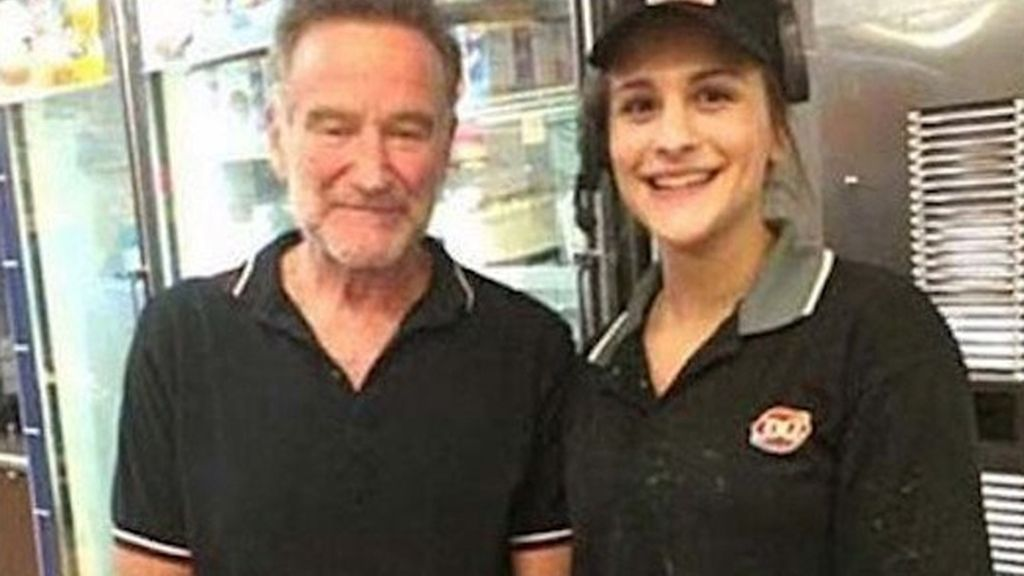 La última foto de Robin Williams con una fan, antes de su suicidio