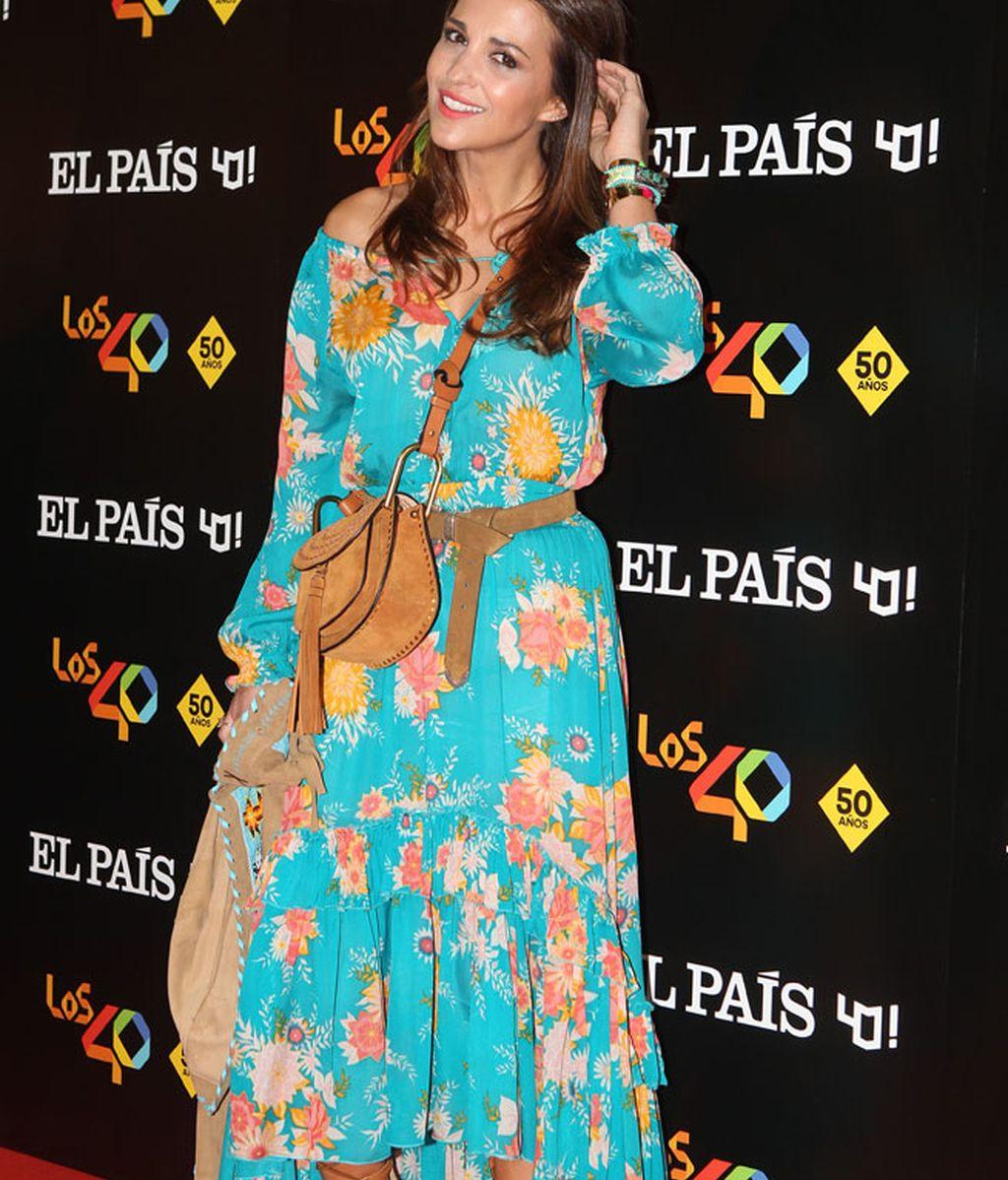 Con mucho color y de los más 'boho' llegó Paula Echevarría