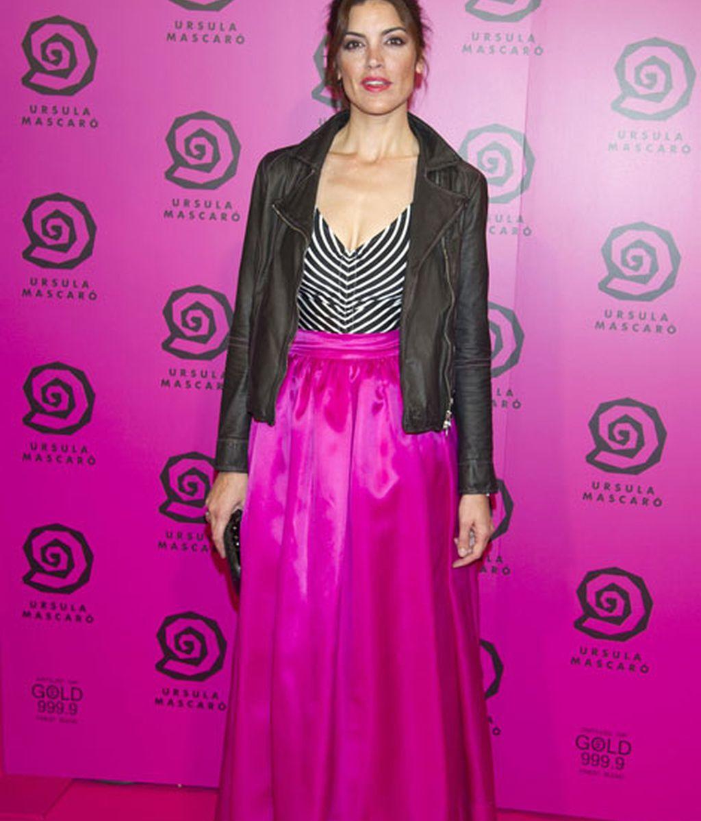 Jimena Mazzuco, también de negro y rosa