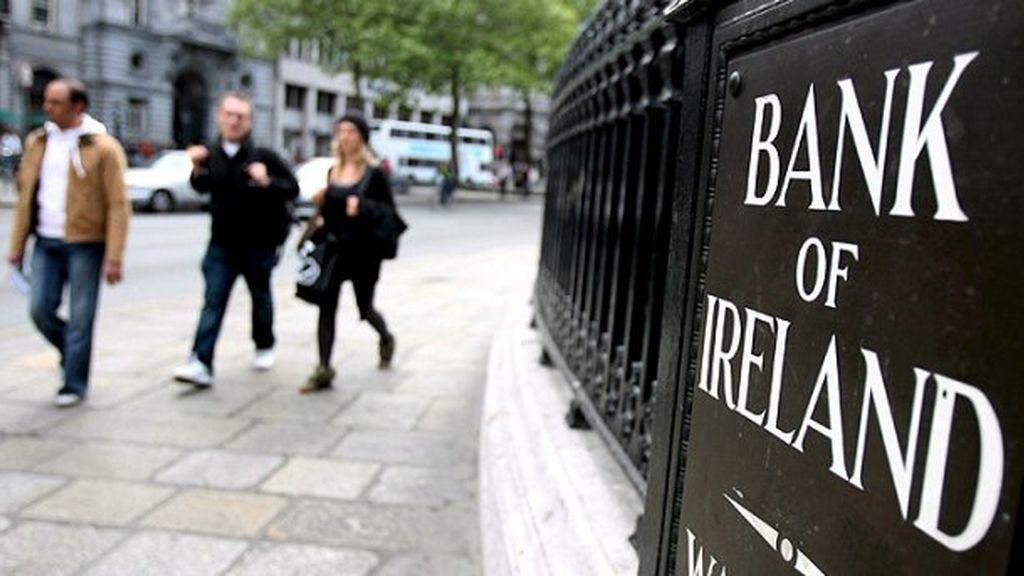 """Irlanda reconoce un """"error contable"""" que reduce su deuda pública"""