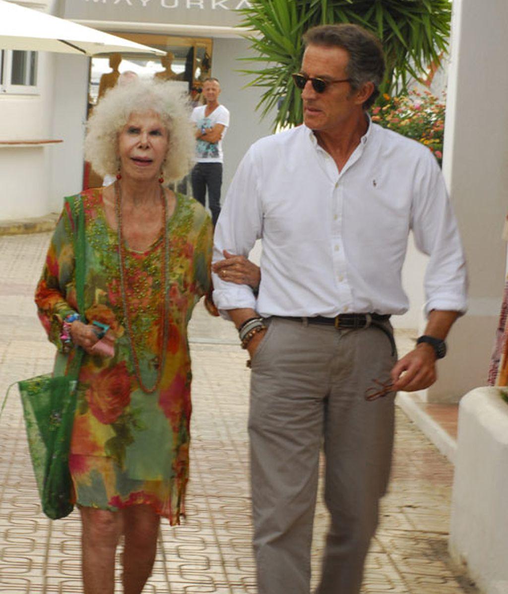 La Duquesa de Alba y Alfonso Díez se casan