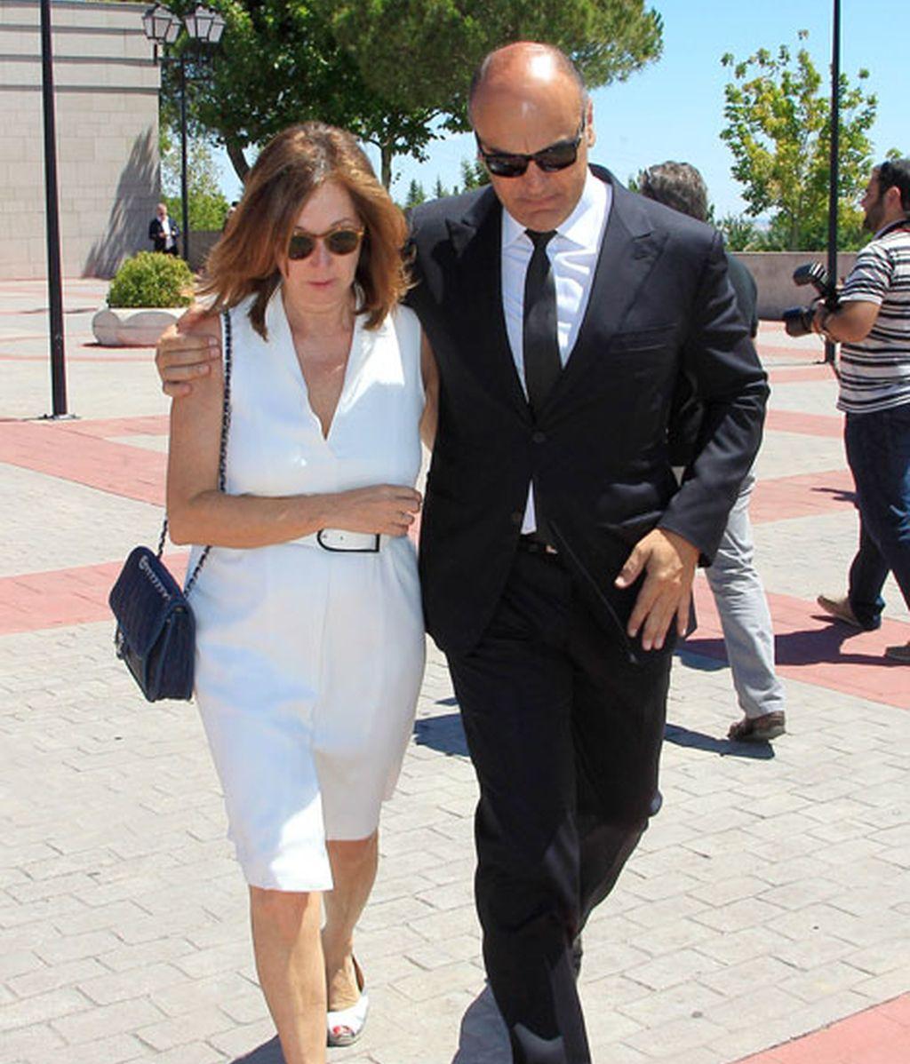 Ana Rosa junto a su marido, Juan Múñoz