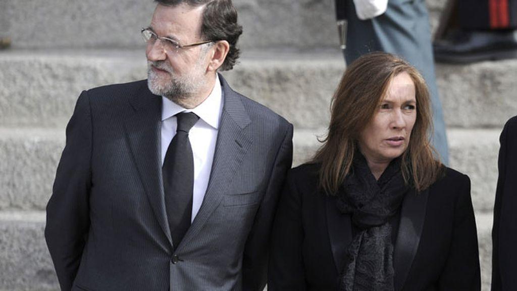 Rajoy y Viri Fernández, en su papel institucional