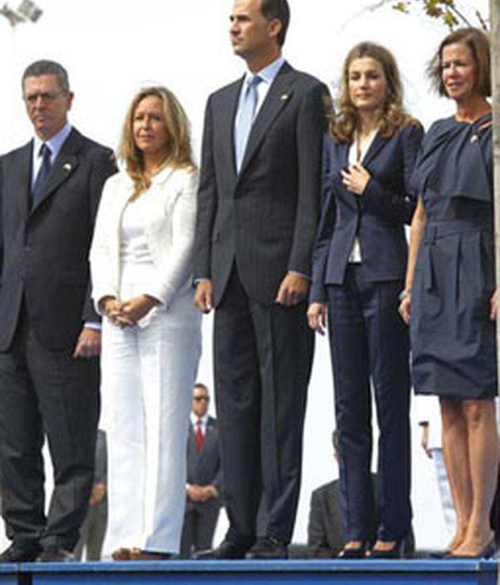 Los Príncipes de Asturias durante el homenaje