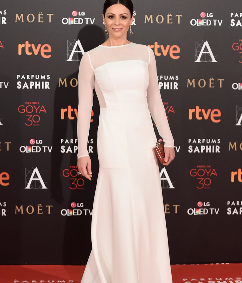 Ana Álvarez vestida de Lorenzo Caprile