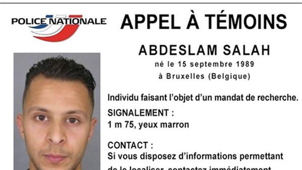 La Policía publica la identidad de un sospechoso a la fuga de los ataques terroristas de París