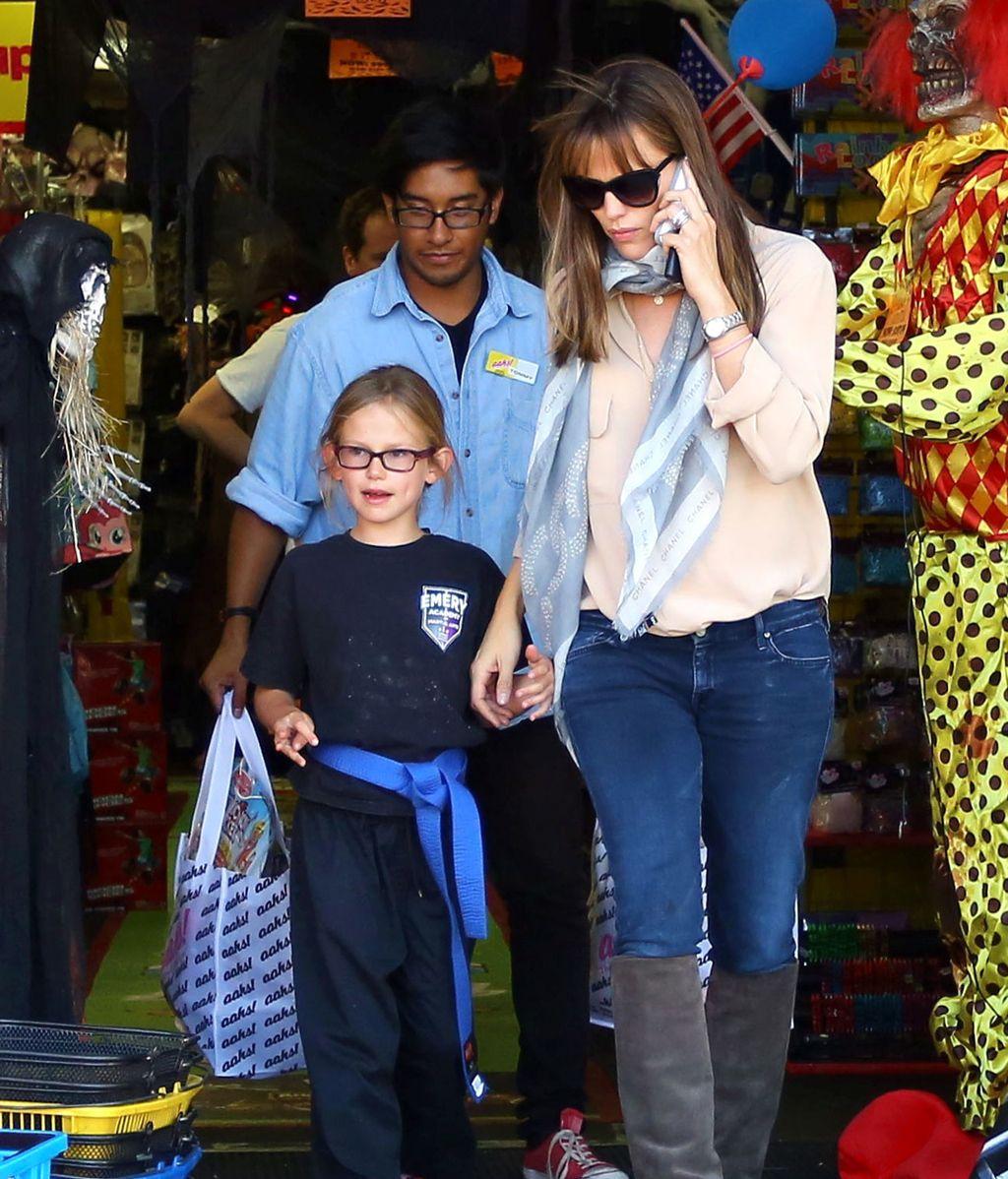 Jennifer Garner, Halloween en familia
