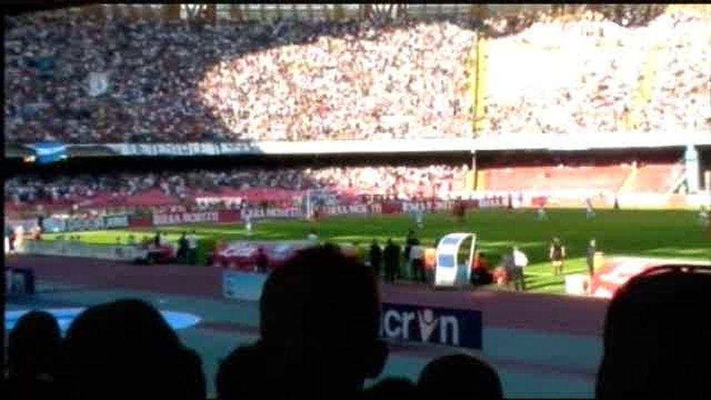 Nápoles: Pasión por Maradona y por el fútbol