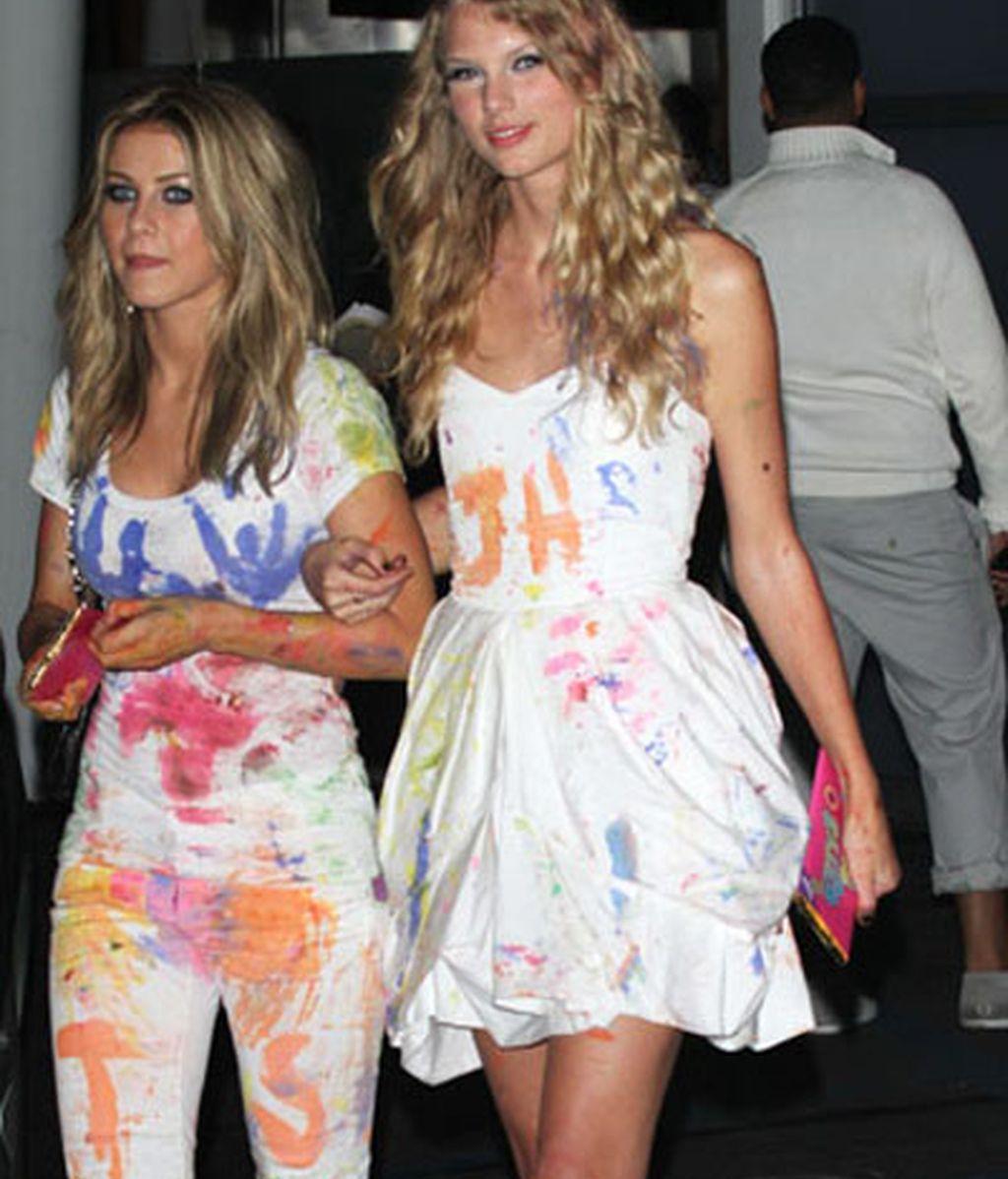 Taylor Swift y Julianne Hough