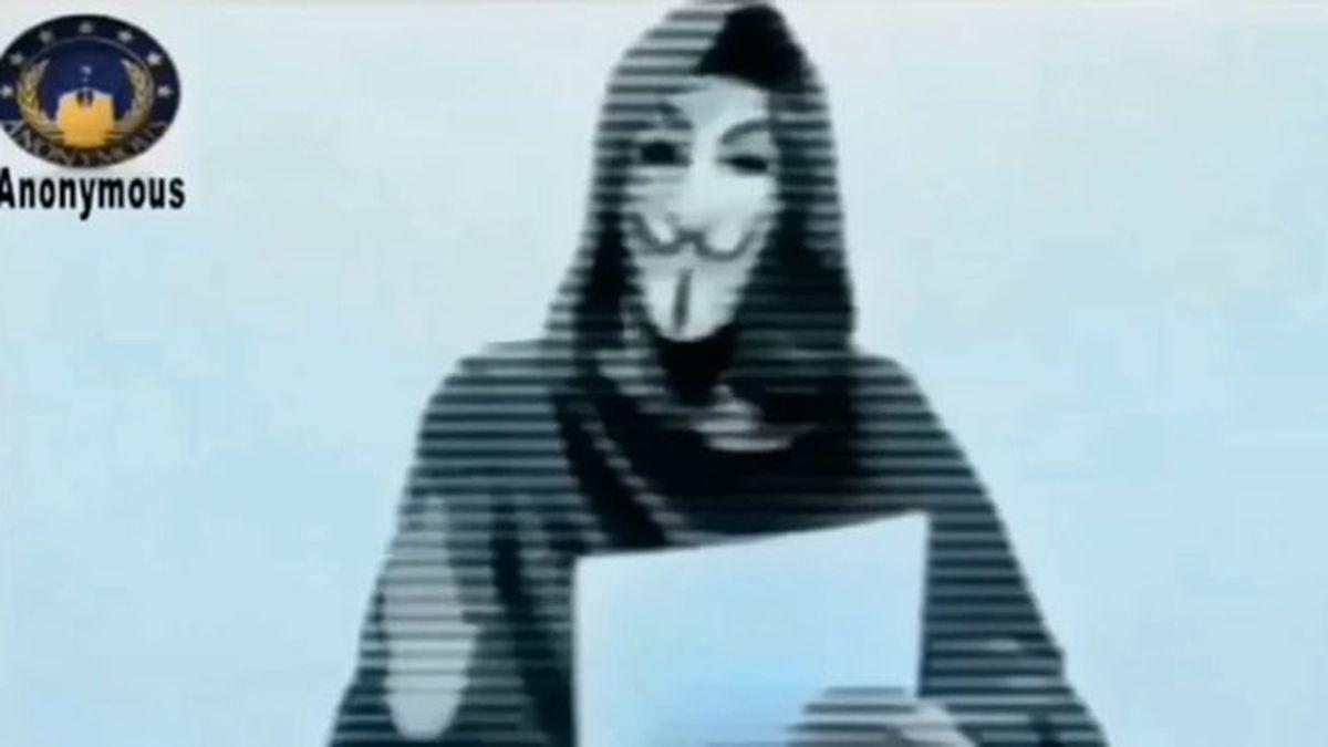 """2-Anonymous: """"Hemos decidido declararos la 'guerra', terroristas"""""""
