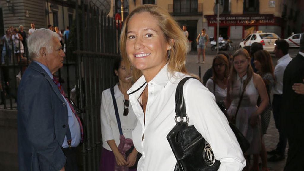 Fiona Ferrer en el entierro de Carmen Hortal