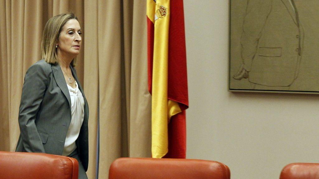Ana Pastor llega a la Comisión del Congreso sobre el accidente de Santiago