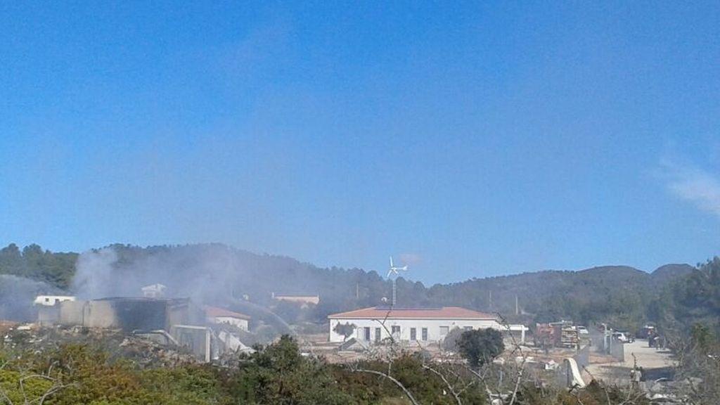 La explosión de una pirotecnia deja al pueblo de Rodonyà confinado en sus casas