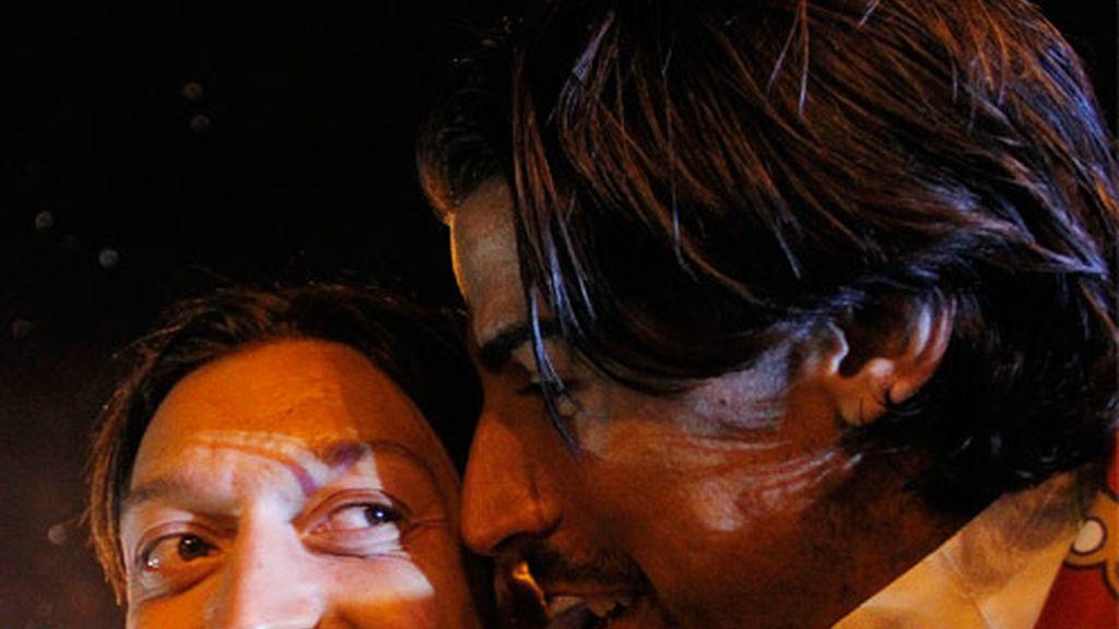 Özil y Khedira, felices