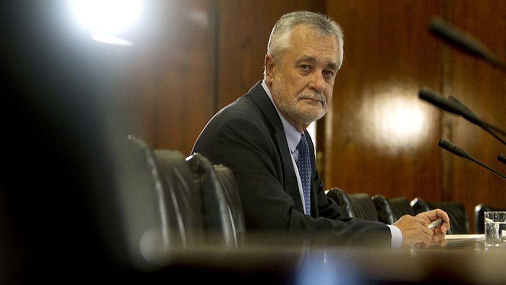 José Antonio Griñán, Presidente de la Junta de Andalucía, comparece ante la comisión de investigación de los ERE fraudulentos