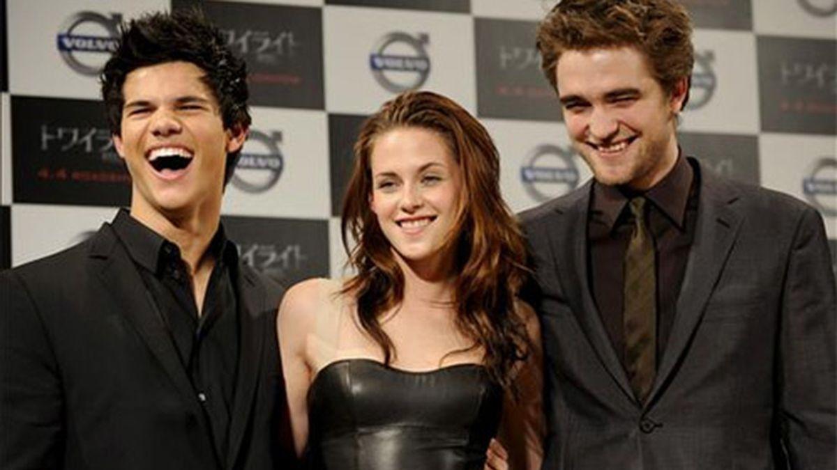 Robert Pattinson, Kristen Stewart y Taylor Lautner. Foto: EFE.