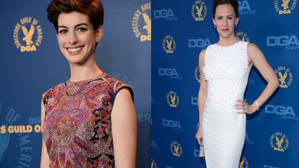 Anne Hathaway y Jennifer Garner llamaron la atención por su 'look'