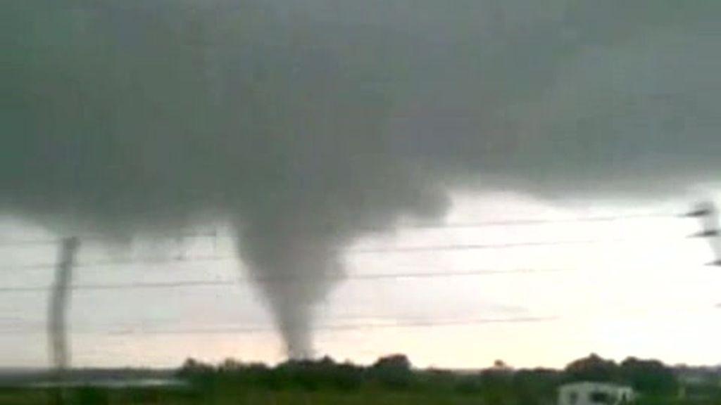Espectacular tornado en Huelva
